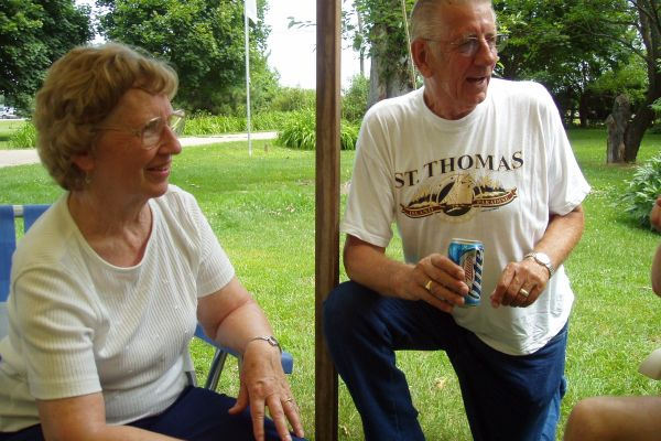 family-reunion-davenport-usa-4-20121030-1856447712C6CEB548-DC2C-F1E9-A955-0306CBFD1769.jpg