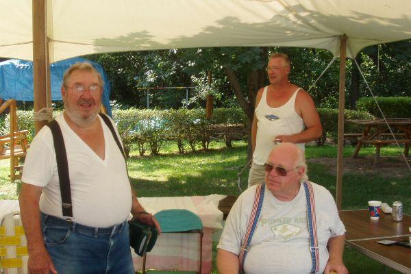 family-reunion-davenport-usa-7-20121030-155504436170C53FD8-0F7A-FD60-6A2E-66F7ABA164DF.jpg
