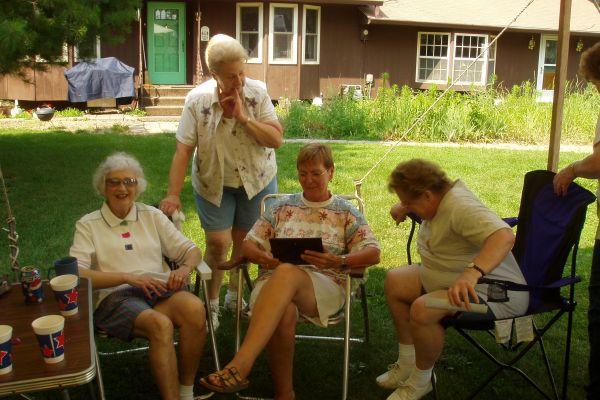 family-reunion-davenport-usa-1-20121030-163797512217C8E7E9-234A-6D75-3B15-8300FCA18F6E.jpg