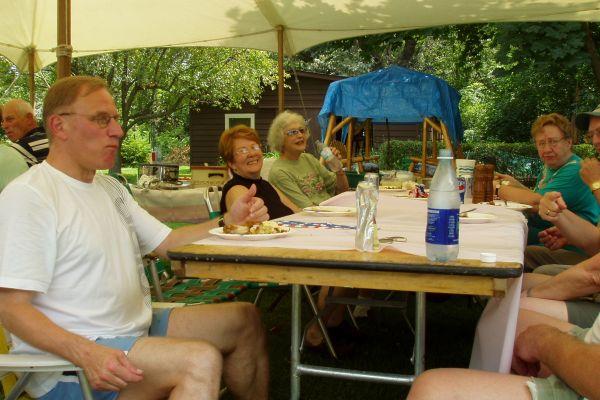 family-reunion-davenport-usa-2-20121030-20070939842920E6C2-1B06-7211-4C3A-937C59AE39EE.jpg