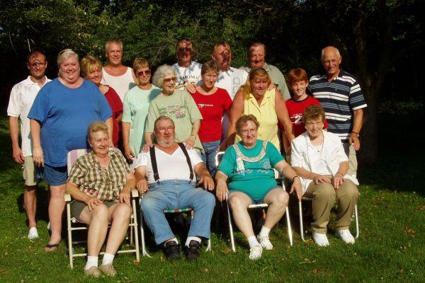 family-reunion-davenport-usa-3-20121030-1326983484B9C06614-DD0D-042C-7B32-7CDEA948ADAF.jpg