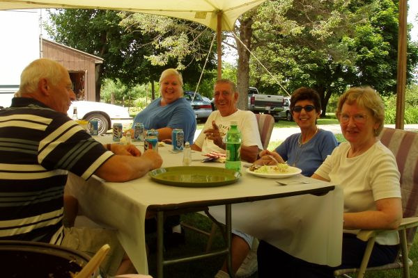family-reunion-davenport-usa-4-20121030-13904583566CDFBDCF-BD36-C4A5-B296-CF3C017DD324.jpg