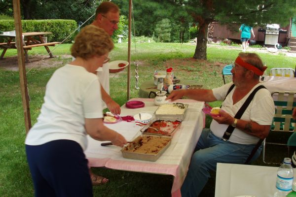 family-reunion-davenport-usa-6-20121030-105109195756655CE2-A83C-7E45-083E-3AB32EBC9690.jpg
